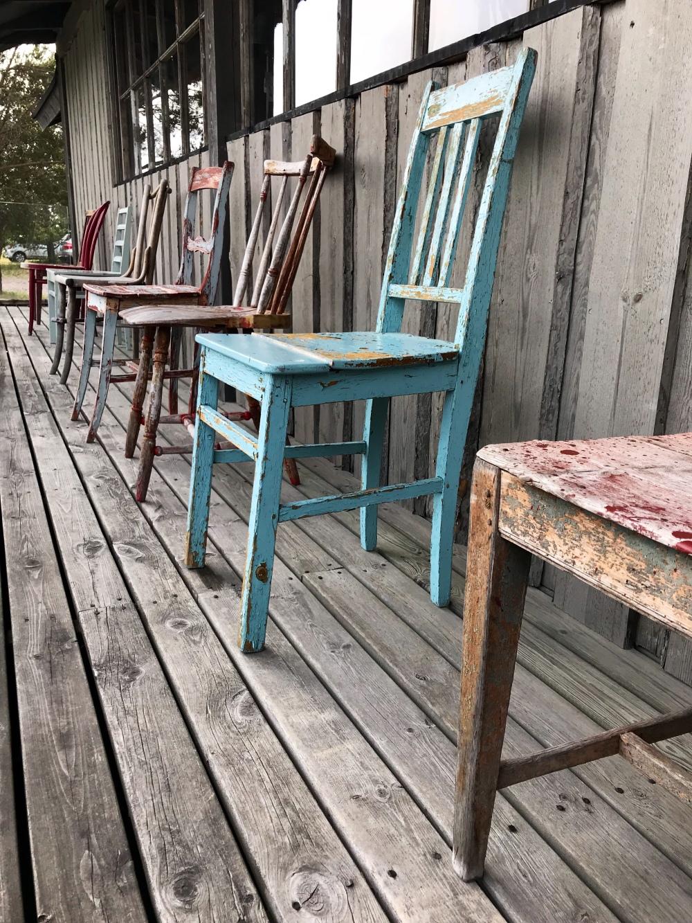 Peterzensin ihanat vanhat tuolit